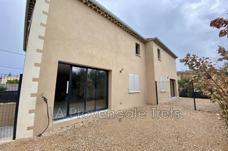 maison  4 pièces  Saint-Maximin-la-Sainte-Baume   94m² -