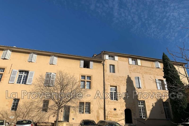 appartement  1 room  Aix-en-Provence   47m² -
