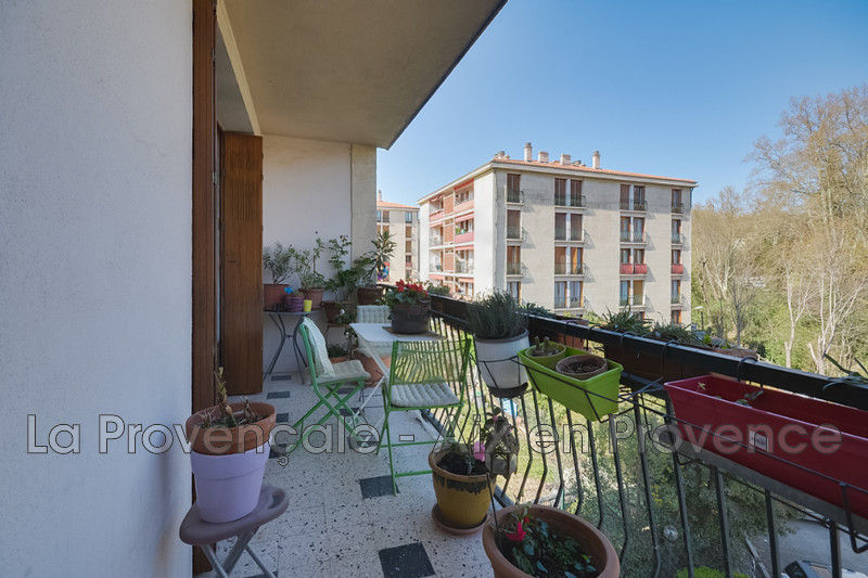 appartement  4 rooms  Aix-en-Provence   80 m² -