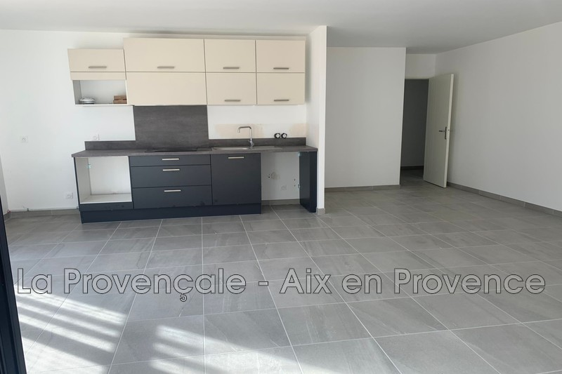 appartement  4 rooms  Aix-en-Provence   89 m² -