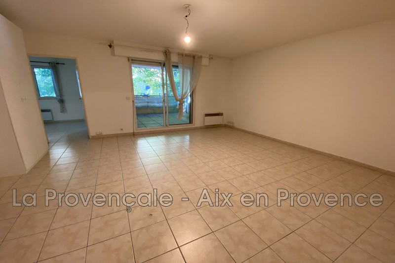 appartement  3 rooms  Aix-en-Provence   60 m² -