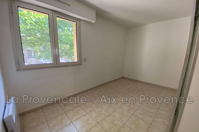 appartement  3 rooms  Aix-en-Provence   60m² -