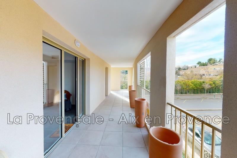 appartement  3 pièces  Luynes   62m² -