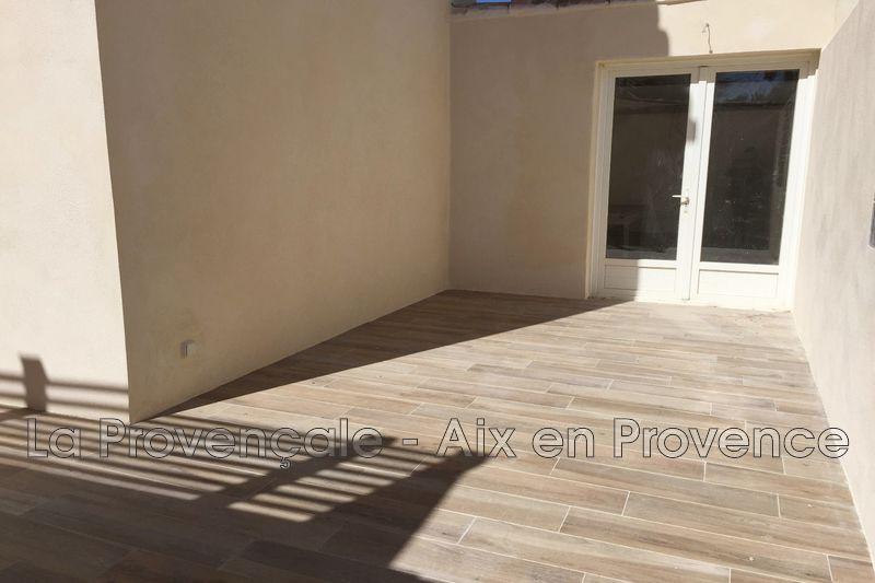 appartement  2 pièces  Vitrolles   42m² -