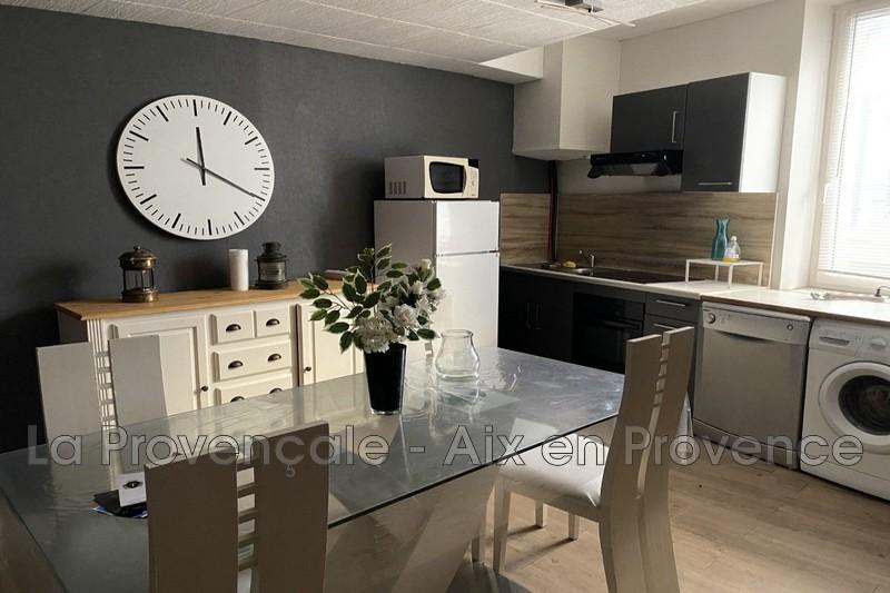 appartement  2 rooms  Saint-Zacharie Downtown  51m² -