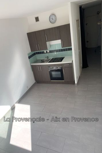 appartement  2 pièces  Aix-en-Provence   28m² -