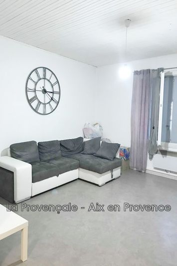 appartement  3 rooms  Trets Downtown  72m² -