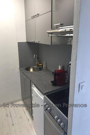 Photo Appartement Aix-en-Provence  Location appartement  2 pièces   28m²