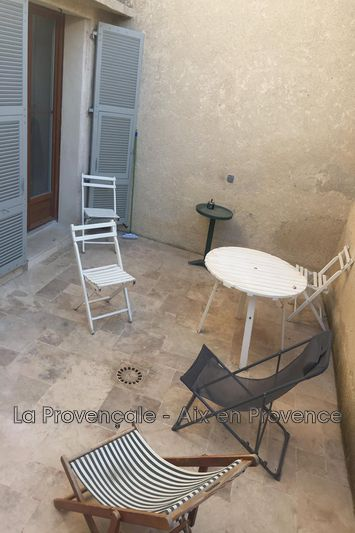 appartement  4 rooms  Trets Downtown  82m² -