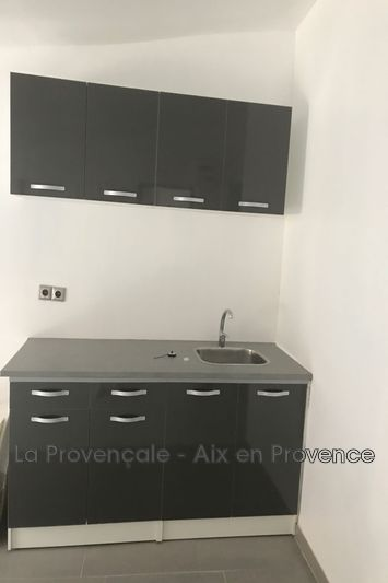 appartement  2 rooms  Trets Downtown  45m² -