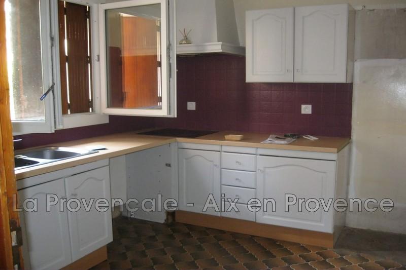 appartement  4 pièces  Fuveau   75m² -