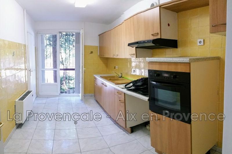Photo Appartement Aix-en-Provence   achat appartement  3 pièces   65m²