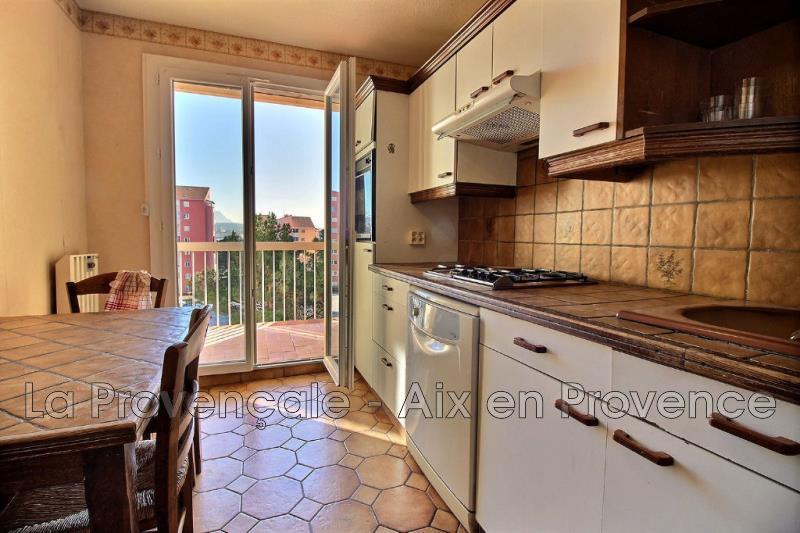 Photo Appartement Aix-en-Provence   achat appartement  4 pièces   85m²