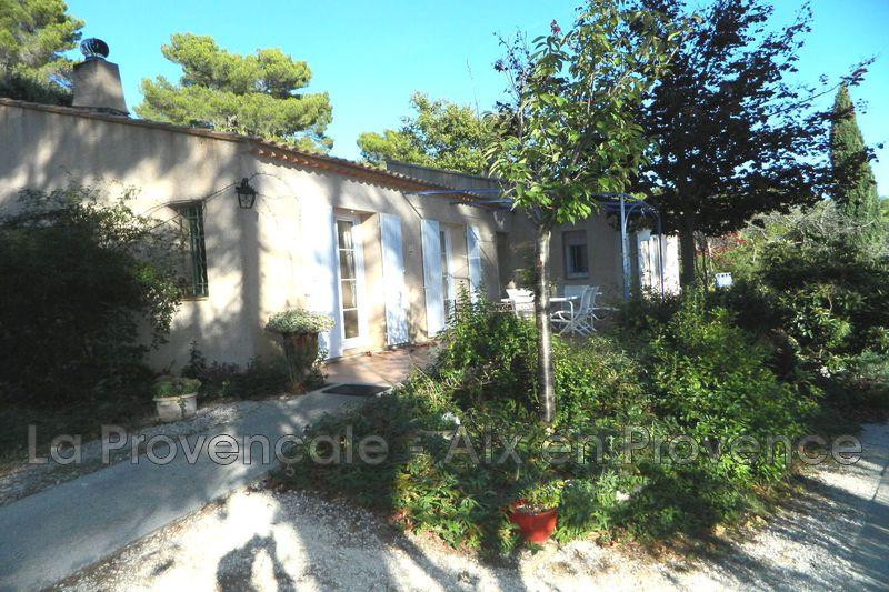 maison  4 pièces  Puyricard Village  140m² -