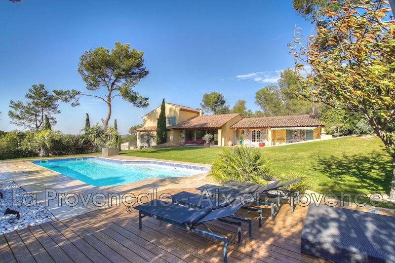 maison  10 pièces  Aix-en-Provence Village  362m² -