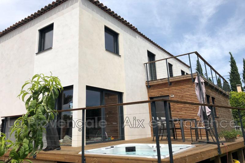 maison  4 pièces  Aix-en-Provence   120m² -