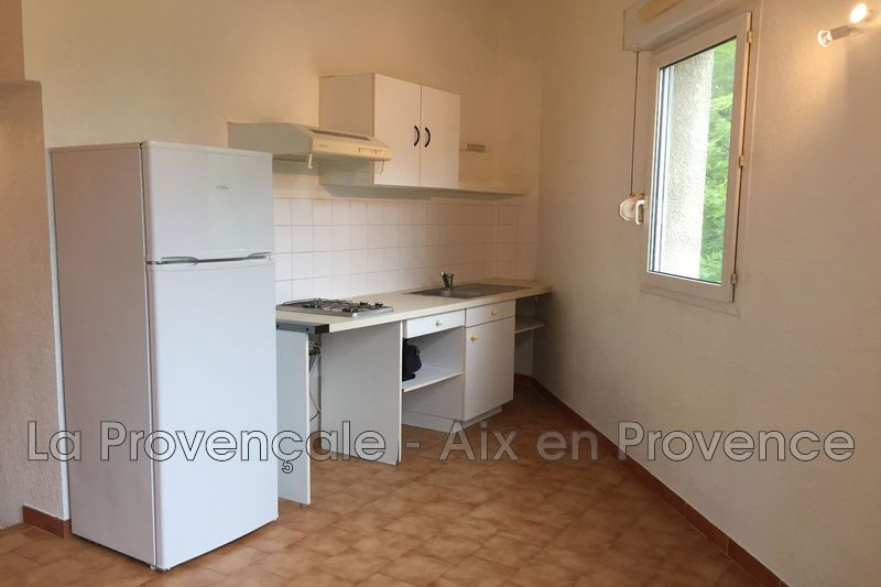 appartement  1 room  Aix-en-Provence   25 m² -