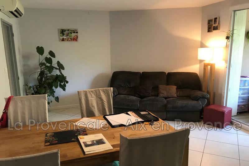 Photo Appartement Aix-en-Provence Centre-ville,   achat appartement  3 pièces   63m²