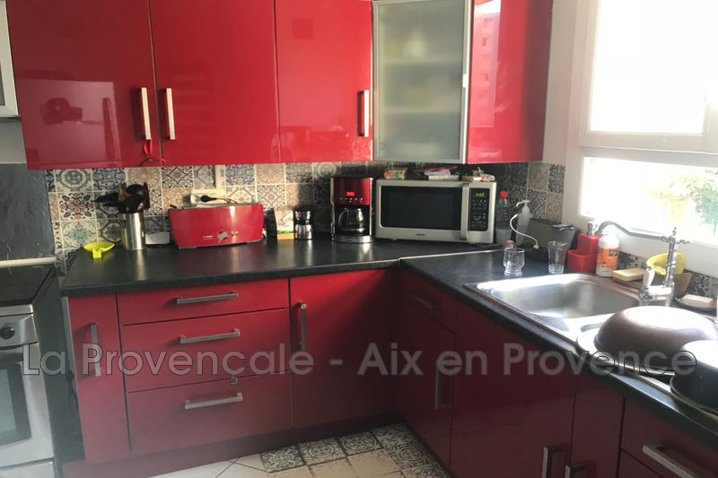 appartement  3 rooms  Aix-en-Provence Downtown  63 m² -