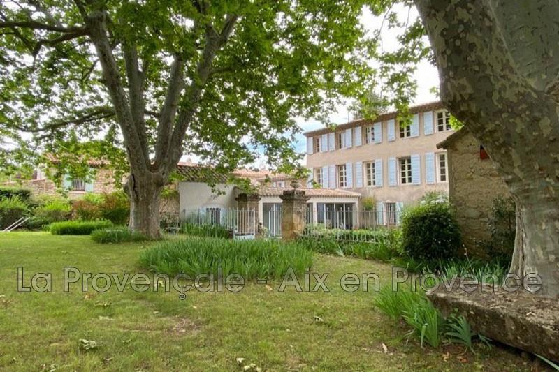 maison  16 pièces  Aix-en-Provence   447m² -