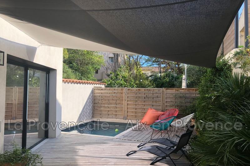 maison  5 pièces  Aix-en-Provence Centre-ville  160m² -