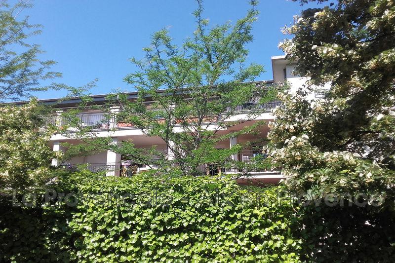 Photo Appartement Aix-en-Provence Centre-ville,   achat appartement  4 pièces   81m²