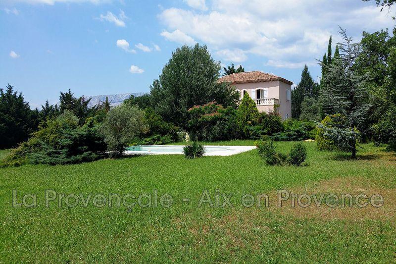 Photo Villa Aix-en-Provence   achat villa  5 chambres   200m²