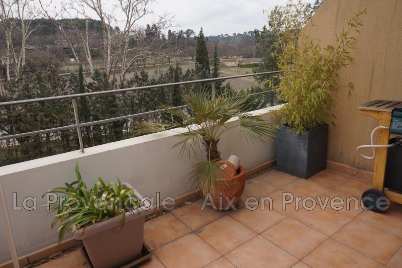 Photo Appartement Aix-en-Provence   achat appartement  3 pièces   66m²