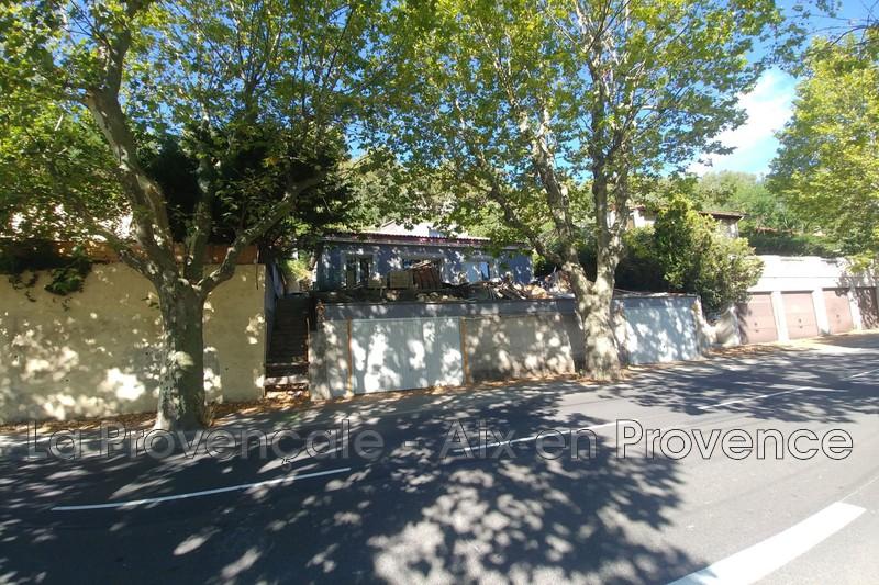 maison  4 pièces  Aix-en-Provence Centre-ville  100m² -