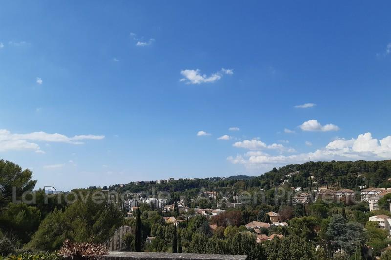 maison  4 pièces  Aix-en-Provence Centre-ville  110m² -