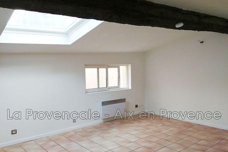 Photo Appartement Aix-en-Provence Centre-ville,   achat appartement  2 pièces   39m²