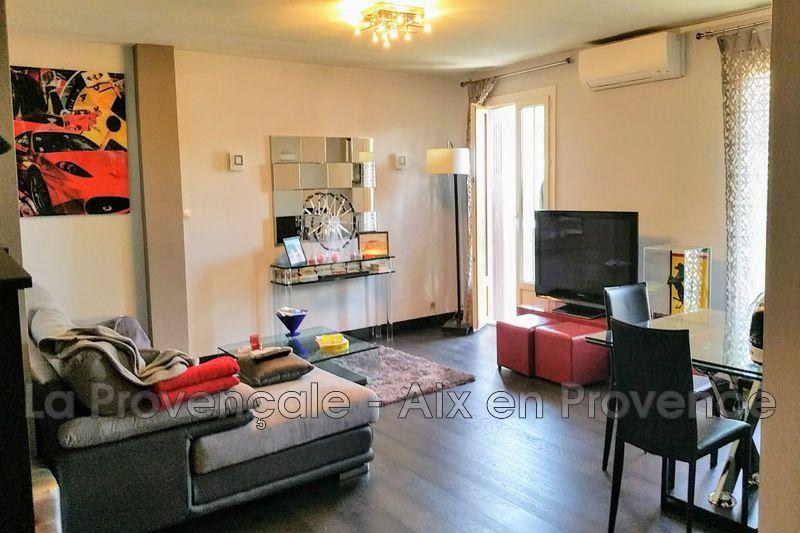 Photo Appartement Aix-en-Provence Centre-ville,   achat appartement  4 pièces   105m²