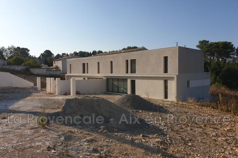 maison  4 pièces  Belcodène   121m² -