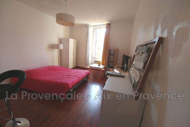 appartement  1 room  Aix-en-Provence Downtown  27 m² -