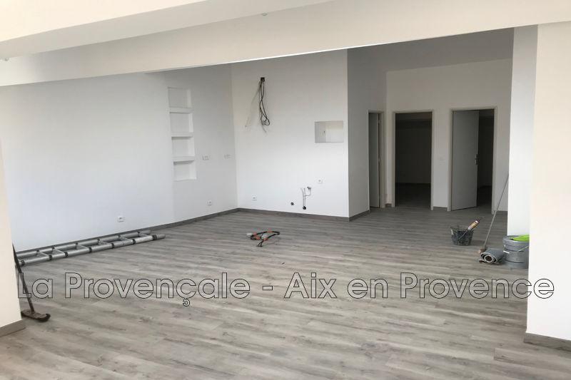 appartement  3 pièces  Pertuis   88m² -