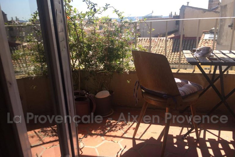 appartement  3 rooms  Aix-en-Provence Downtown  70 m² -