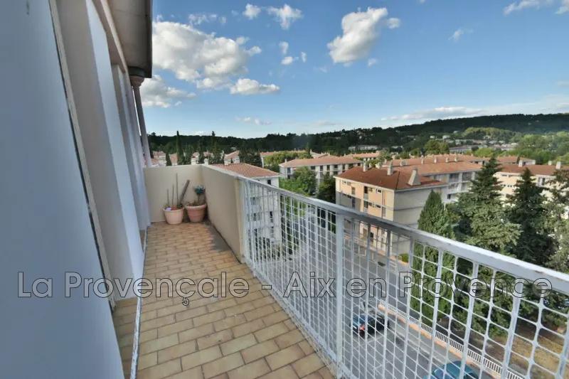 appartement  3 pièces  Aix-en-Provence   58m² -