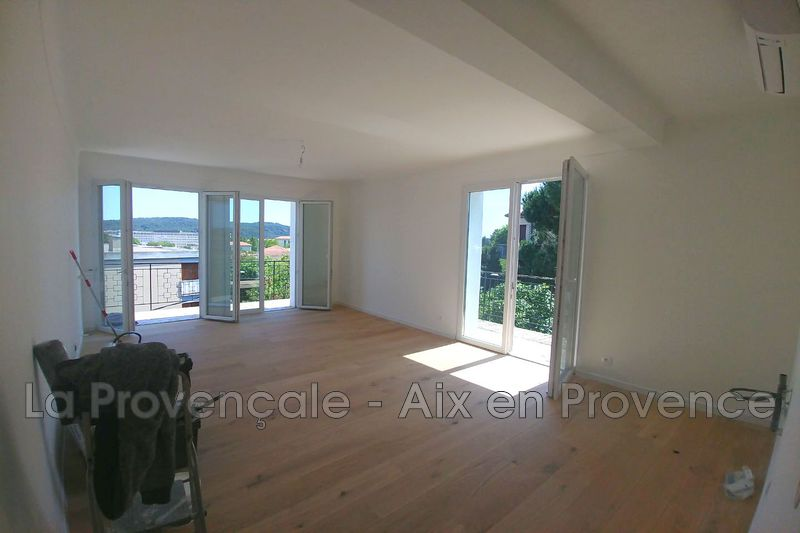 appartement  3 rooms  Aix-en-Provence Downtown  60 m² -