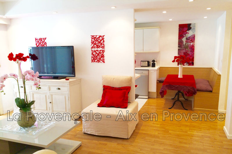 appartement  2 rooms  Cannes Downtown  48m² -