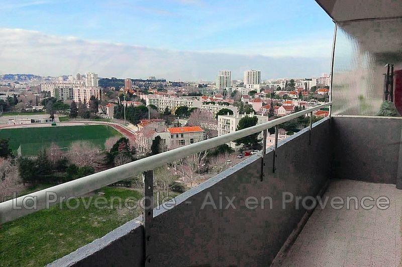 Photo Appartement Marseille Centre-ville,   achat appartement  3 pièces   53m²