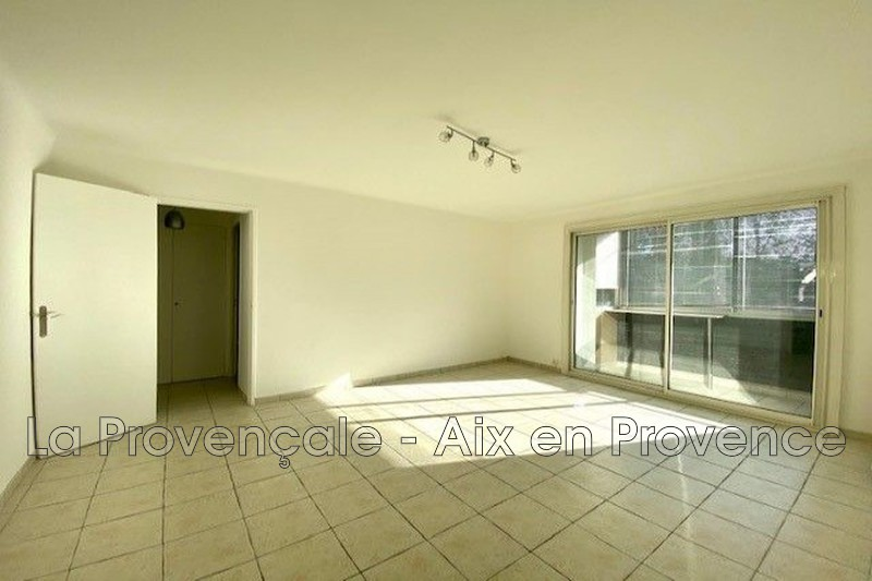 appartement  3 rooms  Aix-en-Provence Downtown  71 m² -