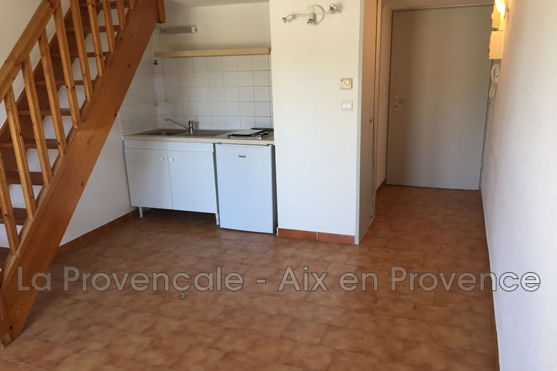 Photo Appartement Aix-en-Provence   achat appartement  1 pièce   25m²