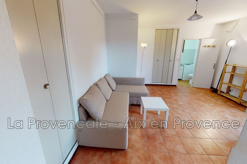 appartement  studio  Aix-en-Provence   35 m² -