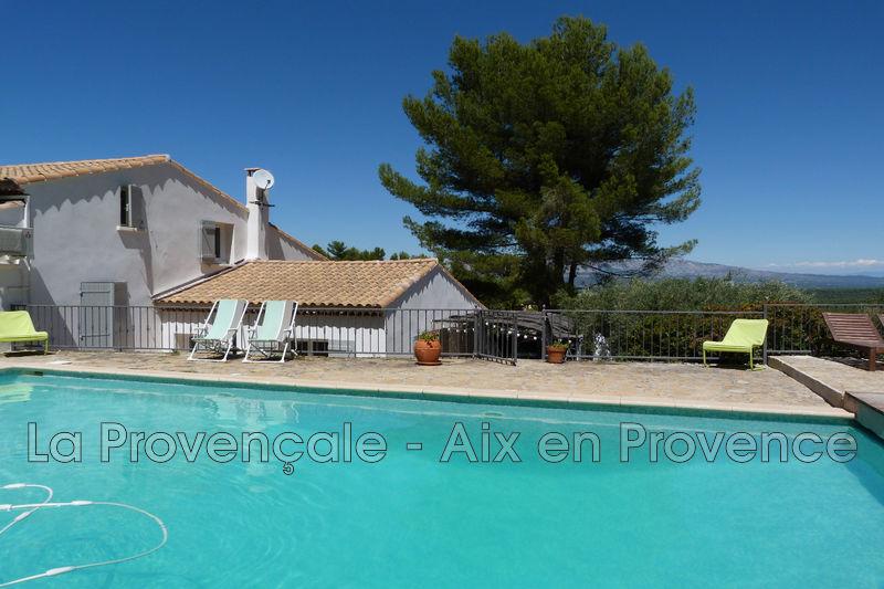 Photo Maison Aix-en-Provence Centre-ville,   achat maison  6 chambres   220m²