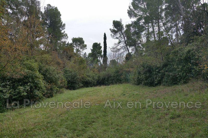 terrain  Aix-en-Provence   2000m² -