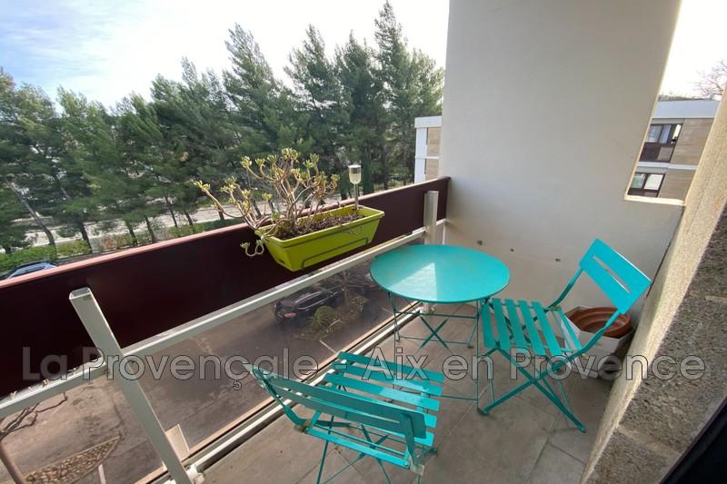 appartement  3 rooms  Aix-en-Provence Close to amenities  83m² -