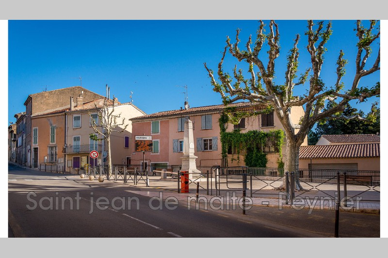 Photo n°1 - Vente appartement Pourrières 83910 - 240 000 €