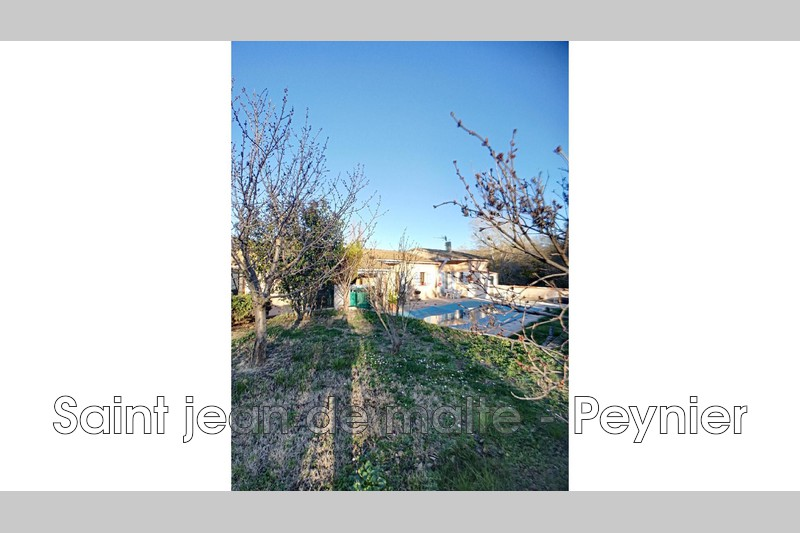 Photo House Trets   to buy house  3 bedroom   180m²