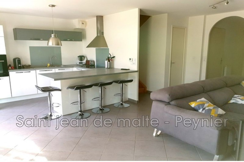 Photo n°2 - Vente Maison villa Fuveau 13710 - 370 000 €