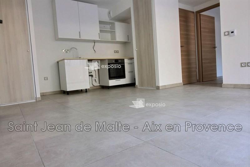 Photo n°1 - Location appartement Aix-en-Provence 13090 - 950 €